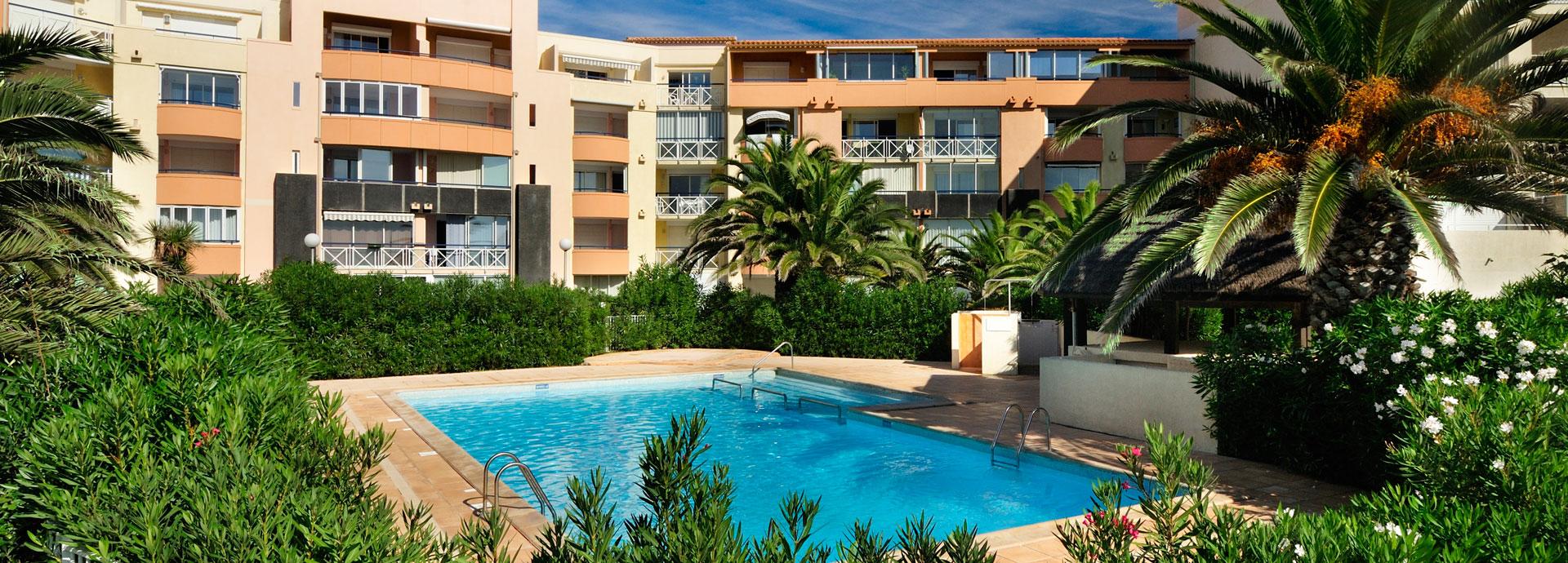 Location vacances cap d 39 agde languedoc roussillon for Cap d agde jardin d eden
